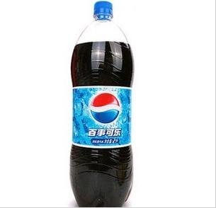 可乐瓶子疏通马桶