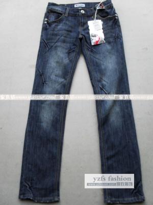 门哪里能找到最便宜卫衣批发广州怎样找到最便宜牛仔裤批发-广东长