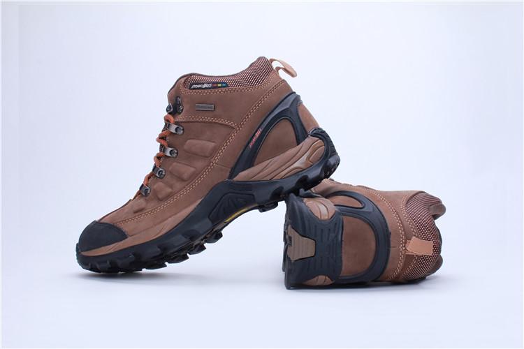 厂家供应堡狮杰户外防水登山鞋高帮真皮户外鞋户外鞋批发