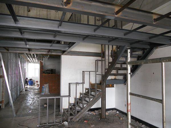 朝阳区阁楼制作楼房钢结构夹层搭建底商商铺钢筋混凝土加二层隔层设高清图片