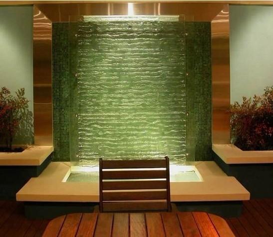 室内地面鱼池上面盖玻璃图片
