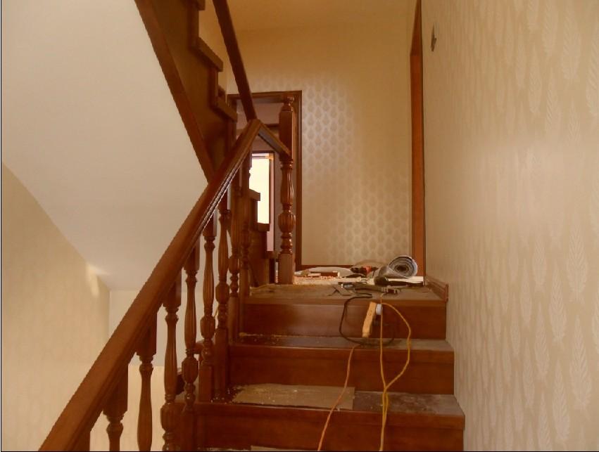 东营高档实木楼梯欧式别墅楼梯别墅实木楼梯家用实木
