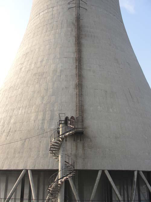 广州凉水塔维修公司-冷却塔栏杆更换-凉水塔安装避雷