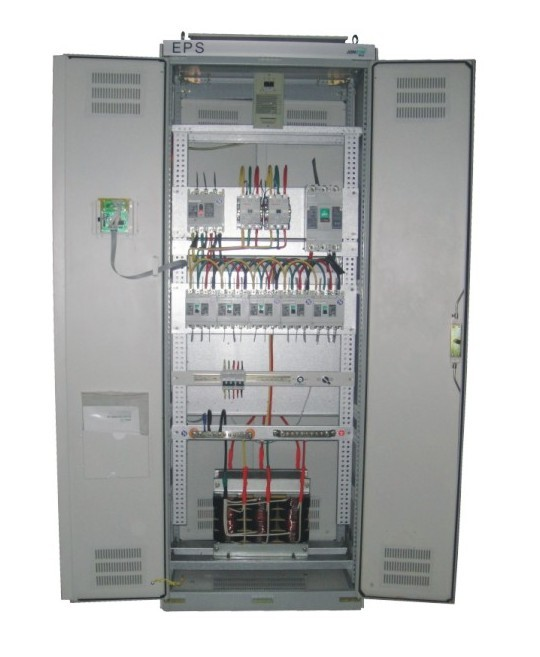 郑州宏瑞德电气设备有限公司为您提供郑州EPS电源应急配电柜。郑州EPS电源应急配电柜,专门为消防应急照明、消防电气设备或其它一级负荷用电而设计。它是建筑物内出现紧急情况下,为安全疏散救援等提供集中供电的应急专用电源设备。产品采用集中供电模式,维护/管理方便,应急供电时,正弦波输出,具有稳压、稳频、无噪音特点,可设消防联动,可计算机监控,可消防中心控制,LED、LCD显示,一目了然, 双路电源自动切换,可靠性高,采用先进的数字芯片,保证各动作点准确。 联系我们时请一定说明是在云商网上看到的此信息,谢谢! 联