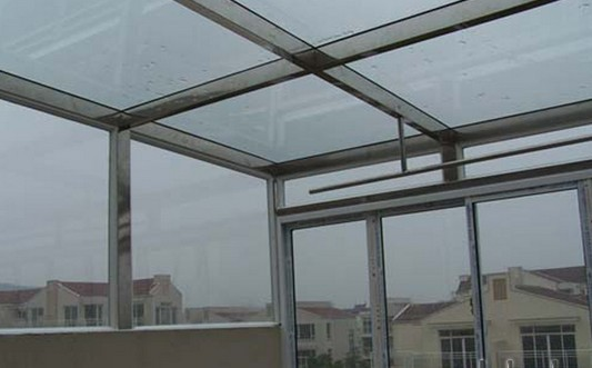 阳光房可以搭建在复式楼的露台