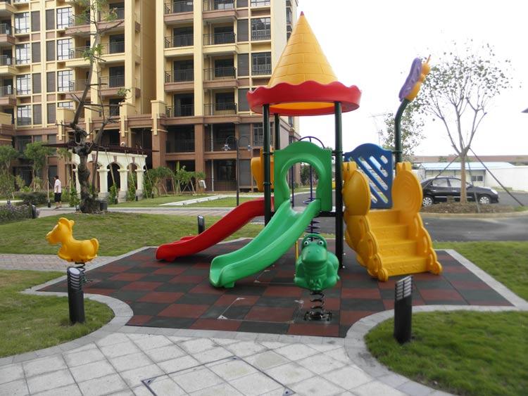 深圳���A室外滑梯大型�M合玩具�和���吩O�淇钍烬R全�S家