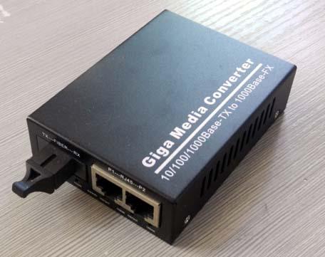 厂家直销1光2电光纤收发器光电转换器光猫光交换机
