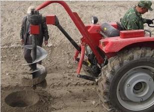 电线杆挖坑机,水泥杆钻孔机,拖拉机旋坑机,挖坑机械图片