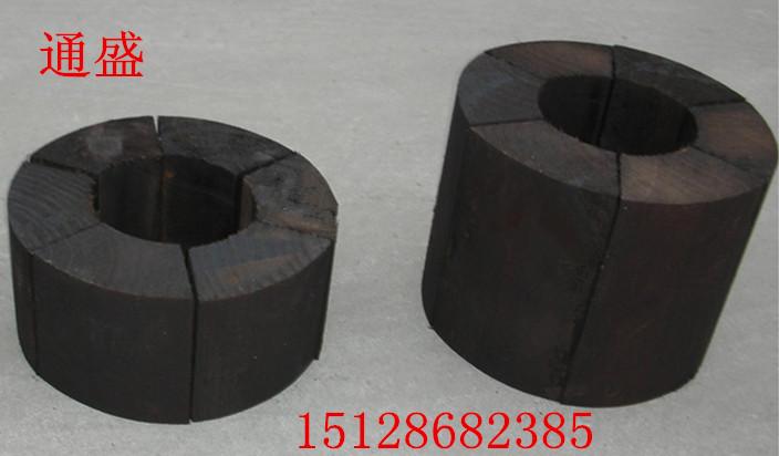 每种规格的空调木托均有配套的铁卡