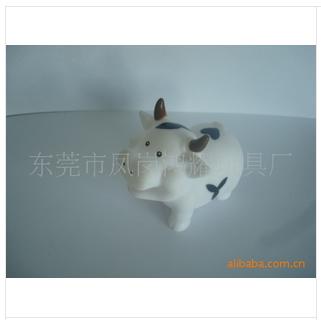 东宁搪胶存钱罐、鸿耀塑胶玩具为你服务