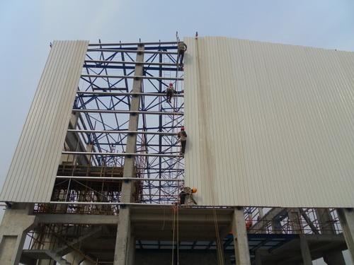鹤岗彩钢瓦安装维修更换专业施工合作
