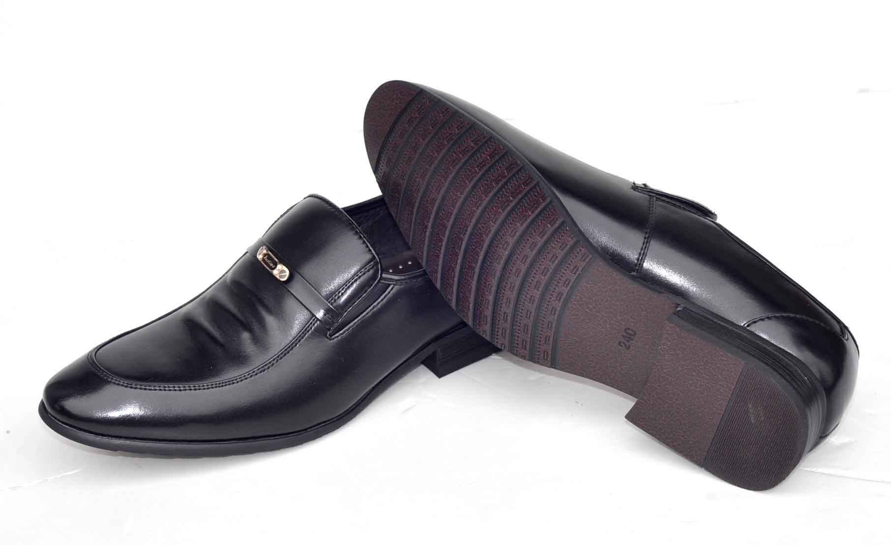 香港派罗福特(PALOFOOT)男鞋厂价直销、一双也批发