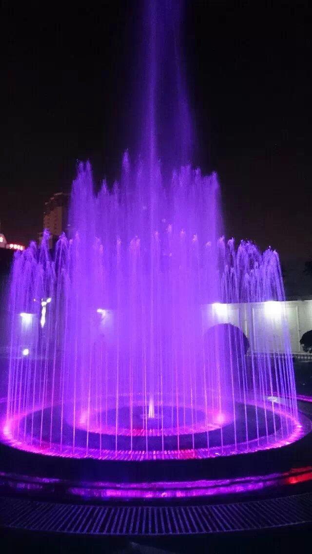 不锈钢雕塑 喷泉 专业设计施工