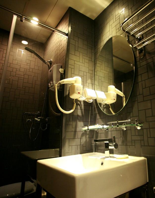 连锁地产宾馆酒店、整体卫浴、集成卫浴、淋浴房