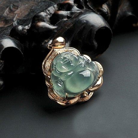 有利珠宝提供优质的镶嵌定制加工服务、同行中的姣姣者 珠宝首饰展柜