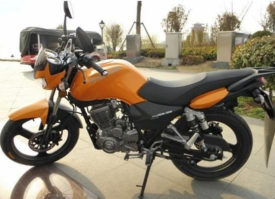 宗申炫风125-68摩托车