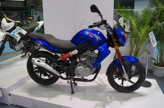 钱江蓝宝龙150-17a摩托车