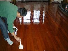 成都家具美容在哪里找信誉好的成都家具美容、就来丙宏家具维修服务
