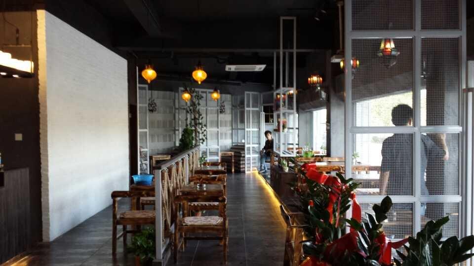 店面设计装修:知名咖啡店装修公司