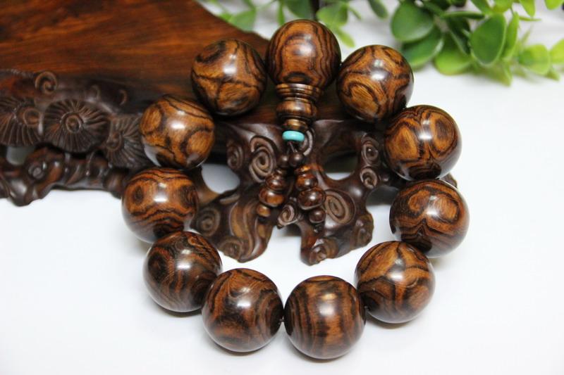 5佛珠手串缅甸酸枝木家具价格海南黄花梨木鱼海黄手串珠子料出售
