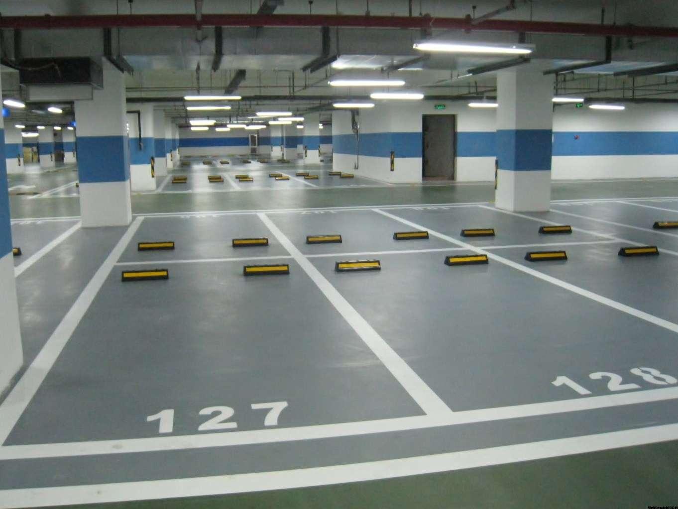 停车场地坪漆专业供应商车库停车场地坪
