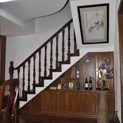 楼梯酒柜效果图
