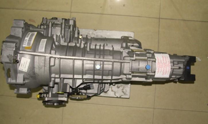 上海欧联自动变速箱维修中心有限公司,是专业的大众自动变速箱维修公司,本公司维修车辆,提供两年不限里程质保(人为,进水,事故除外),先进的变速箱再制造技术,及原厂零部件保证维修品质。    公司成立于1999年,是华东地区-专业的自动变速箱维修企业,经过13年的发展,目前公司营业面积超过10000平米,员工300余人,成立至今维修各类变速箱超过50000台,预计2012年维修翻新产能达到8000台, 我们以不接受,不制造,不传递缺陷产品为质量管理前提,为客户服务。 工作准则 ---------------