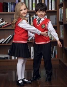 济南市采购幼儿园服三件套、夏季园服现货批发