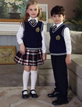 成都市潮版幼儿园服品牌、采购男童园服模板