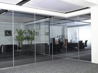 供应太原玻璃隔断安装定做室内玻璃隔墙效果佳