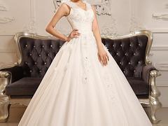 福建规模超大的婚纱礼服市场:创意婚纱礼服