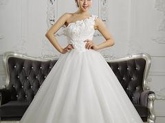 有品质的婚纱礼服购买技巧、台江婚纱礼服定制婚纱礼服租赁