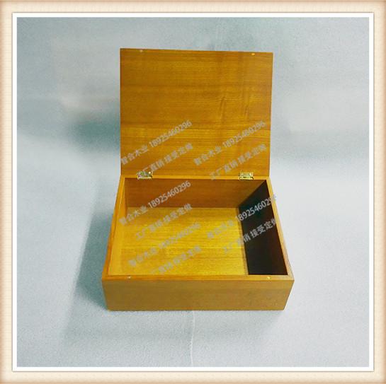 四,材料进口环保      木材原材料主要有实木类:进口非洲