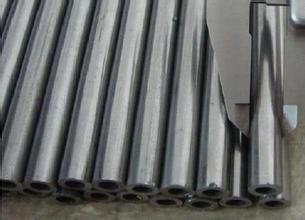 酸洗皂化无缝钢管厂家现货 108*5无缝管切割厂家
