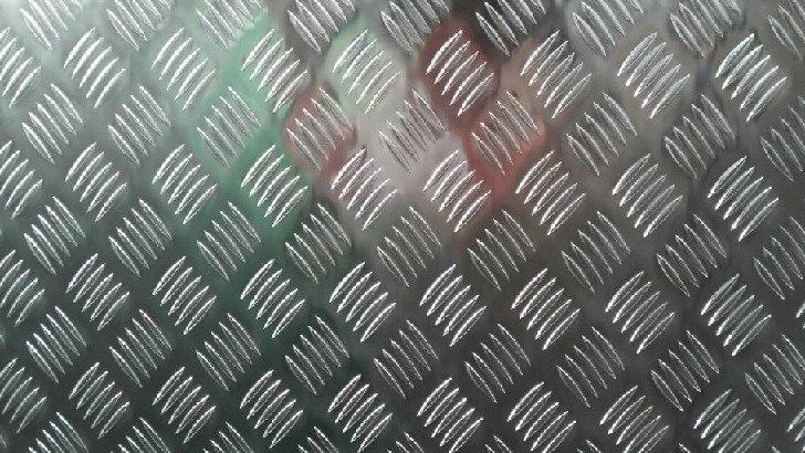 5083铝板船板。济南供应优良的5083铝板 5083铝板船板型号5083品种板材运费买卖双方协商售后服务优质售后维修地区全国服务地区全国销售地区全国产品等级优质 推动中国能源产业向专业化、产业化、规模化方向发展,济南志鑫铝业有限公司专为需求群体提供优质、安全的5083铝板。志鑫铝业根据市场调查和用户需求果断做出政策调整,在短时间内占据了金属建材行业市场。我们发展创新的5083铝板,提供的销售服务,发挥竞争优势,获得客户的认可。 如果您还没有找到想要的5083铝板,5083合金铝板价格,山东5083合金铝