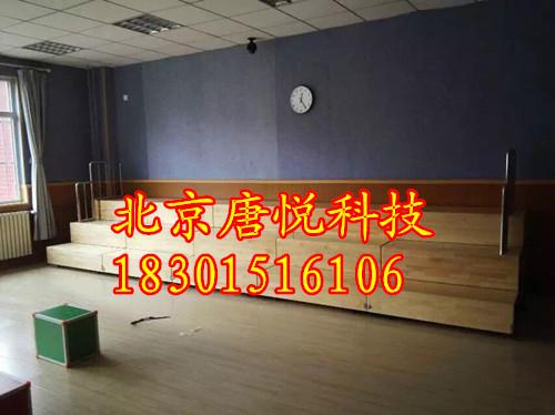 木质伸缩合唱台 北京合唱台厂家