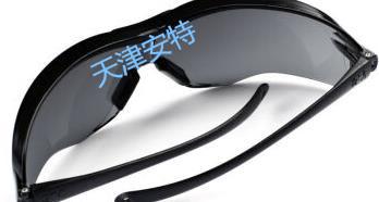 畅销的3m12110t防护眼镜品牌
