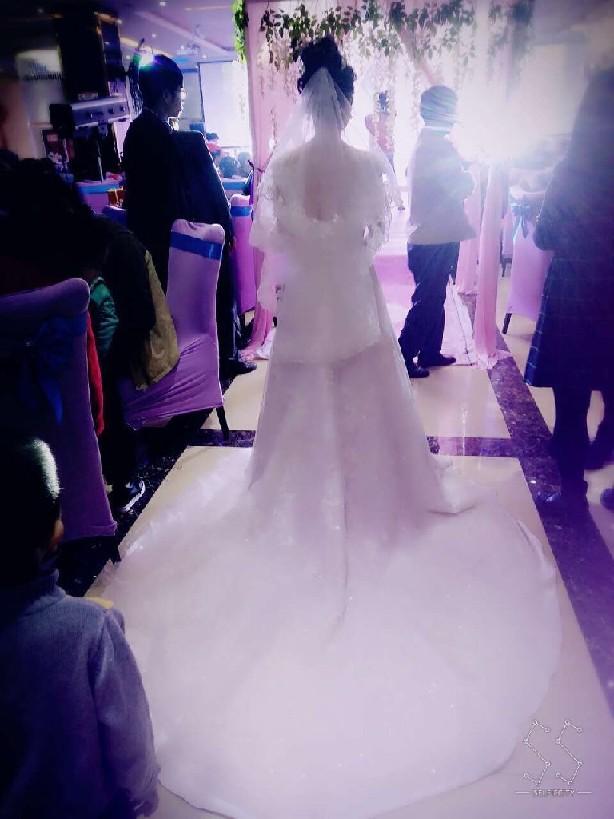 西宁省时省心省钱婚庆一条龙服务  选择柏拉图婚纱礼服公司