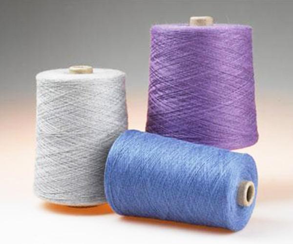 如东宏鑫纺织信誉好的28支包芯纱提供商 代理28支包芯纱