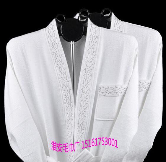 纯棉毛巾厂生产五星级酒店浴袍、华夫格毛圈浴袍、绣花精致男士浴袍