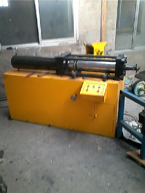 金戈电焊条机械设备制造多款核心产品亮相