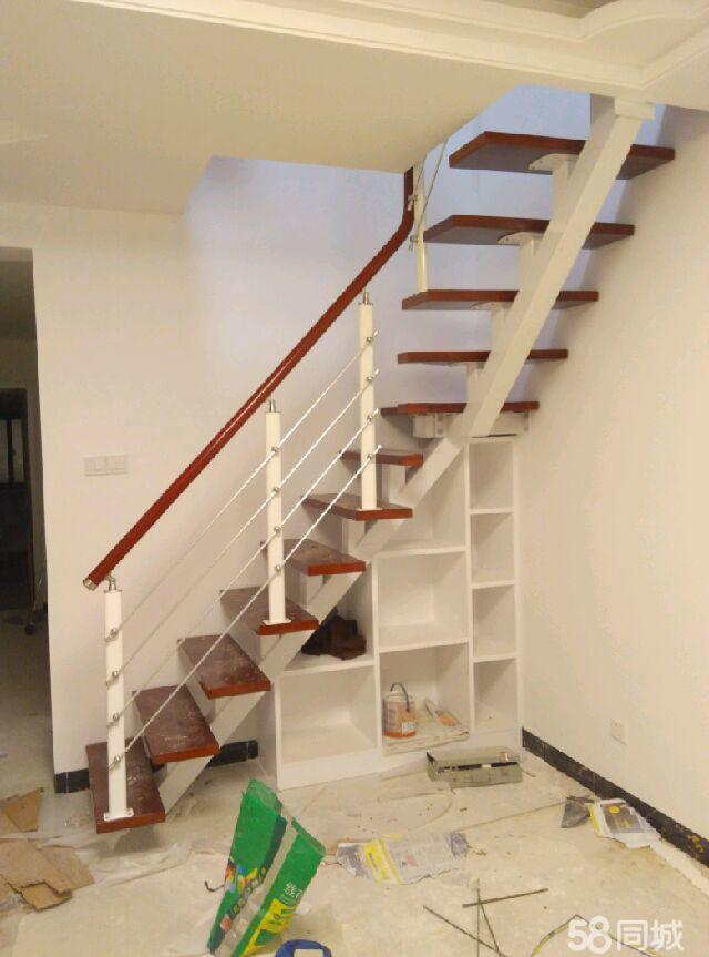 整体楼梯,钢木楼梯,跃层楼梯,别墅楼梯