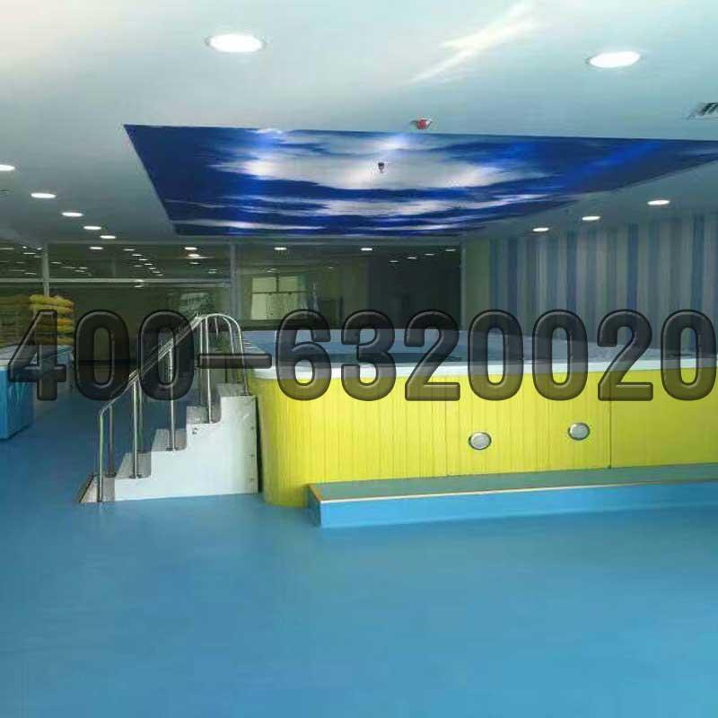 贵阳儿童游泳馆设备厂家供水育早教三面玻璃儿童游泳池价格戏水池