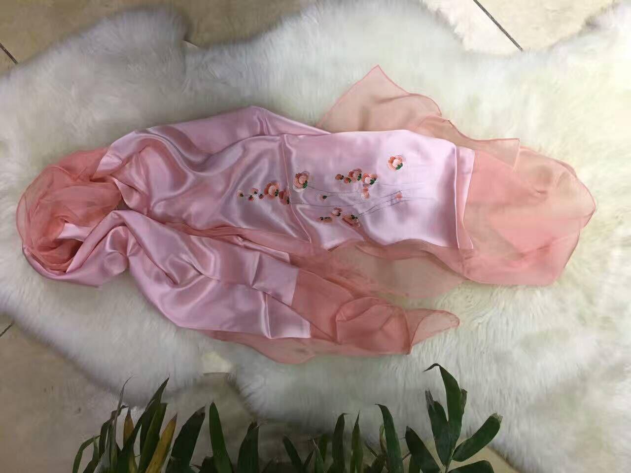 山东围巾生产设计、围巾定制、围巾价格