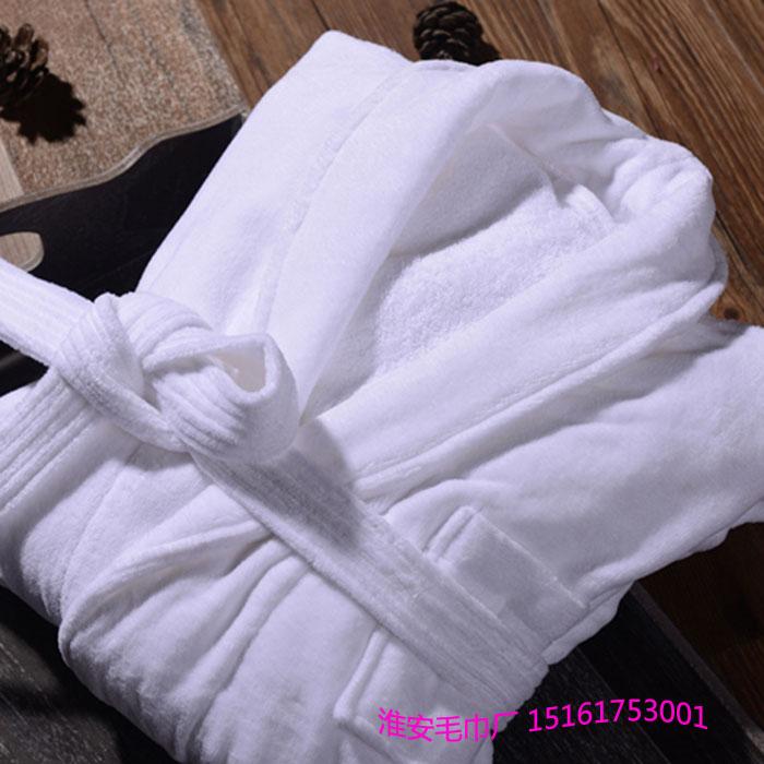 江苏纯棉毛巾厂家生产高档五星级酒店浴袍、柔软白色男女通码割绒浴衣