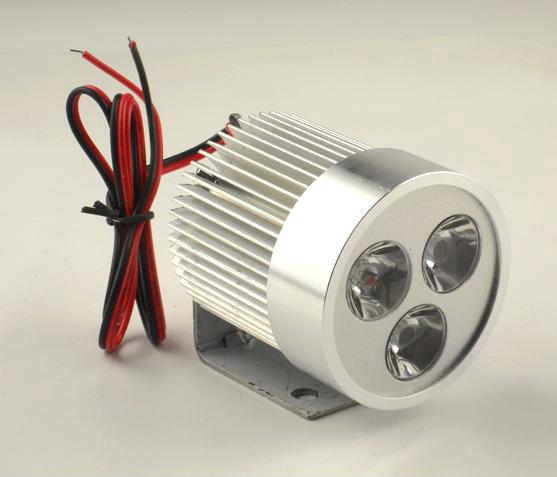 散热器芯部的结构有管片式和管带式两类.
