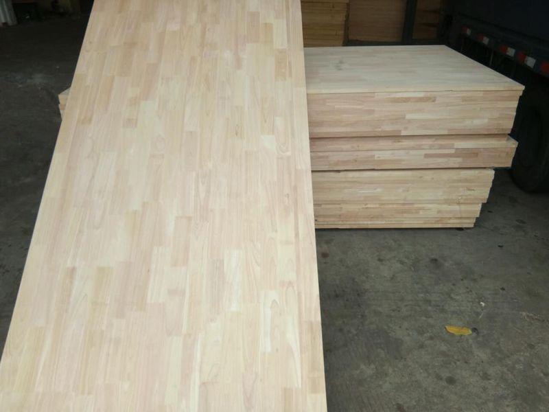 长期供应 泰国进口橡胶木指接板 家具实木板材 18mm 橡胶木拼板
