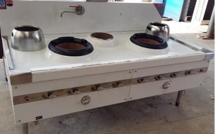 废旧油桶改装炉灶