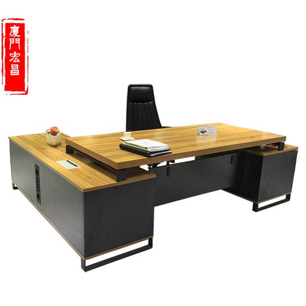 厦门质量合格的厦门办公桌、就在宏昌晟办公家具 厦门主管办公桌