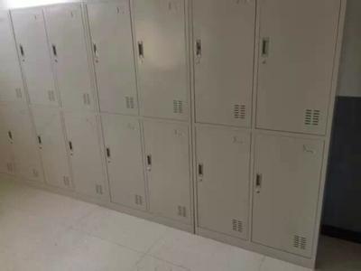 西安哪家供应的铁皮更衣柜品质一流、更衣柜销售